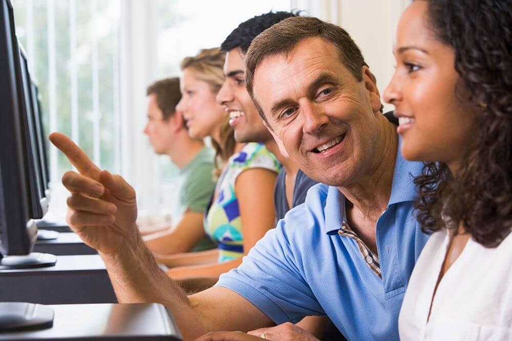 Cursos Profissionalizantes são ótimas opções de atividades extracurriculares.