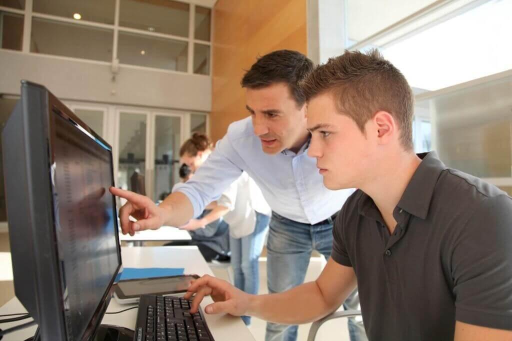 O método interativo de ensino para cursos profissionalizantes